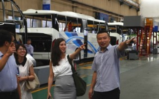 General Consulate of Israel in Guangzhou Visits Golden Dragon